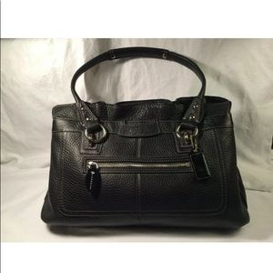 Coach authentic medium/large shoulder bag leather.